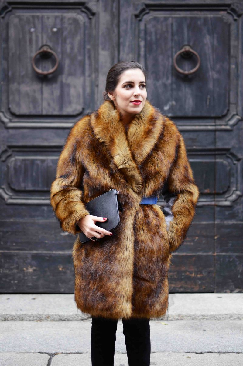 miahatami_fur_coat_1.JPG