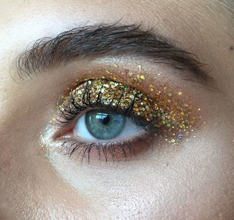 make-up_glitter_capodanno_3.jpg