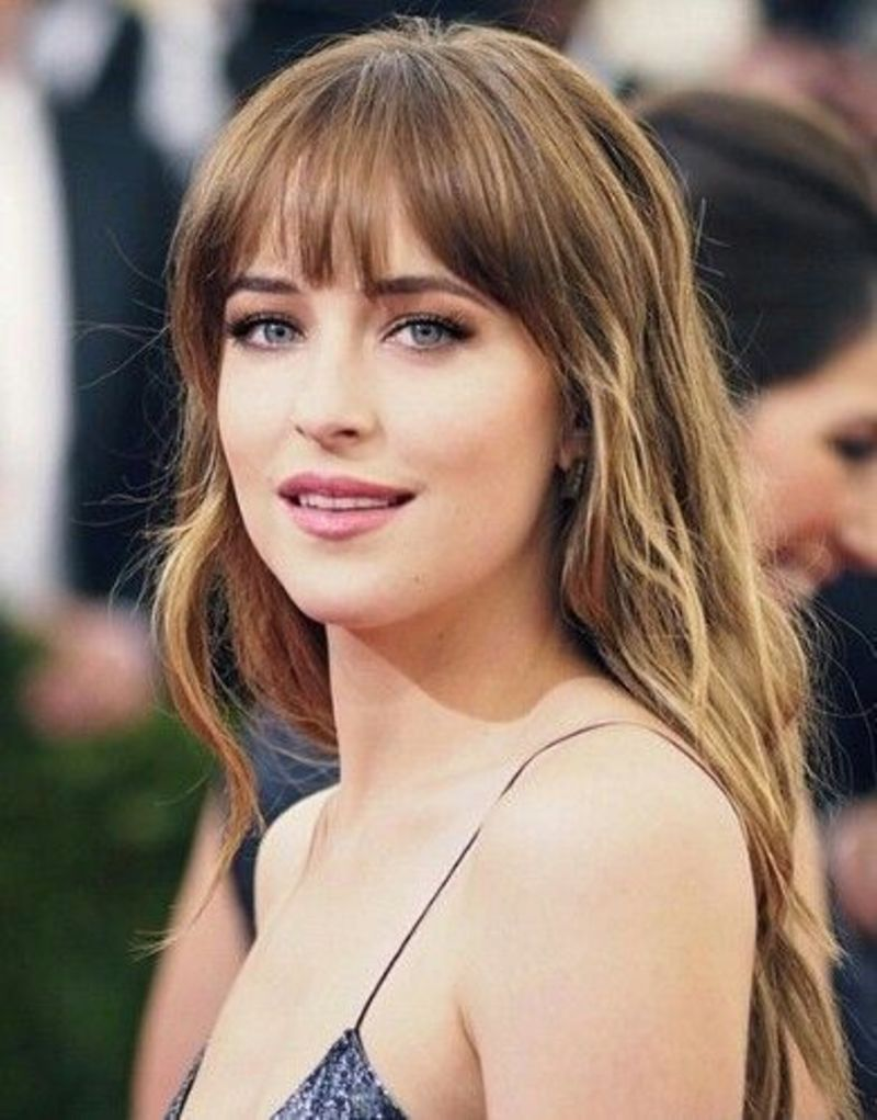 bangs_2_dakota_johnson.jpg